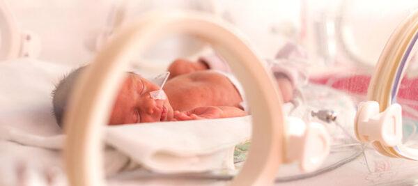 Bebê prematuro: desenvolvimento e cuidados