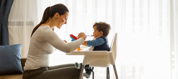 Introdução alimentar: quando e como oferecer novos alimentos ao bebê?