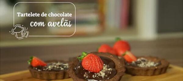 Tartelete de chocolate com avelãs